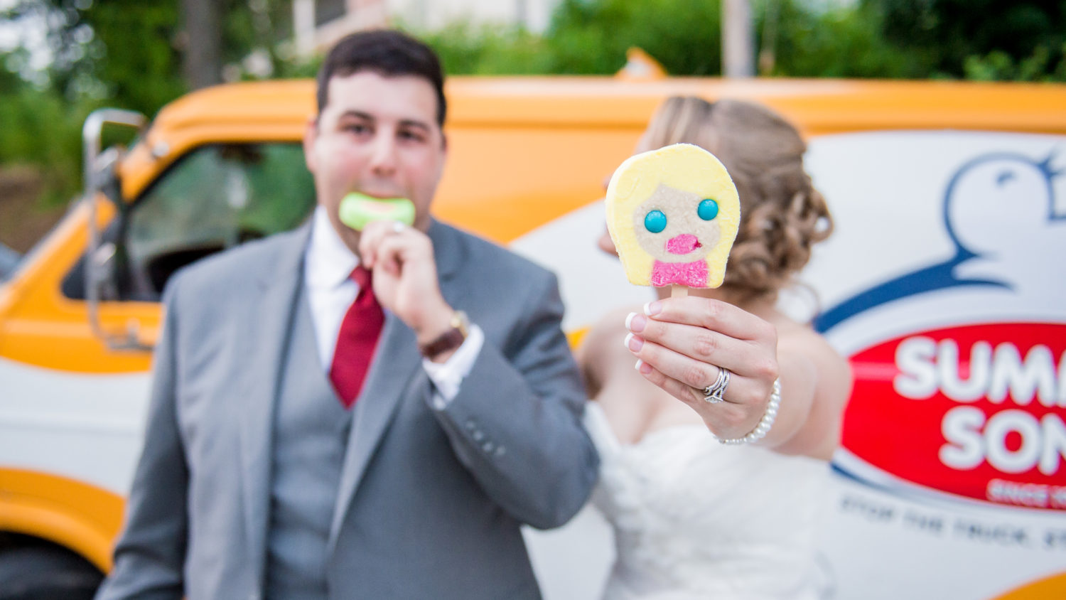Funny Wedding Ice Cream Photos