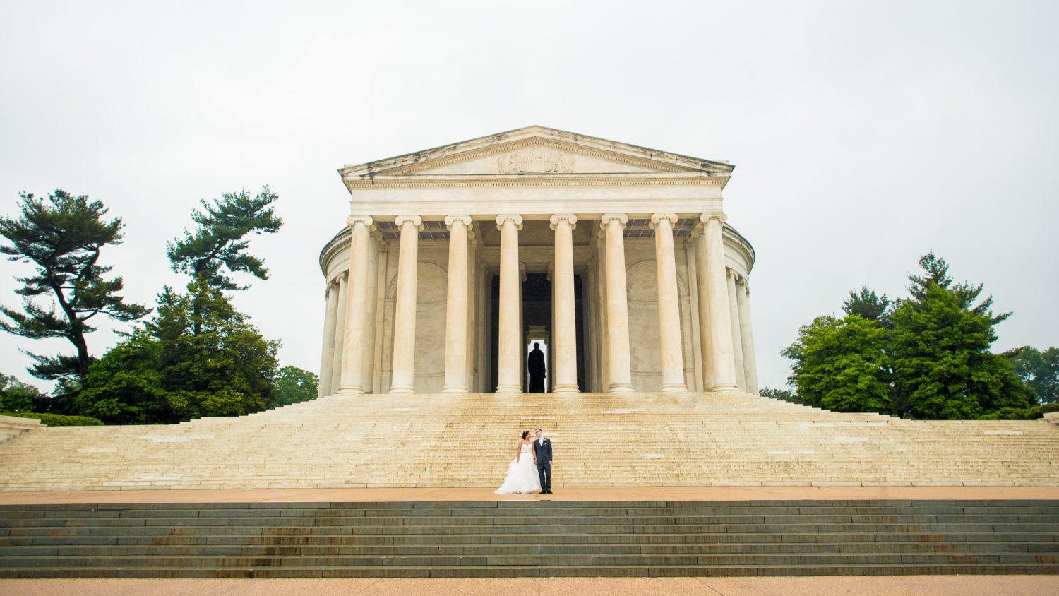 Jefferson Memorial Washington wedding photos