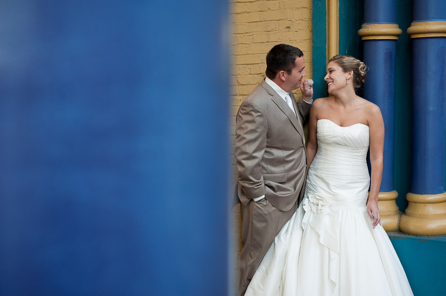 downtown louisville wedding portraits