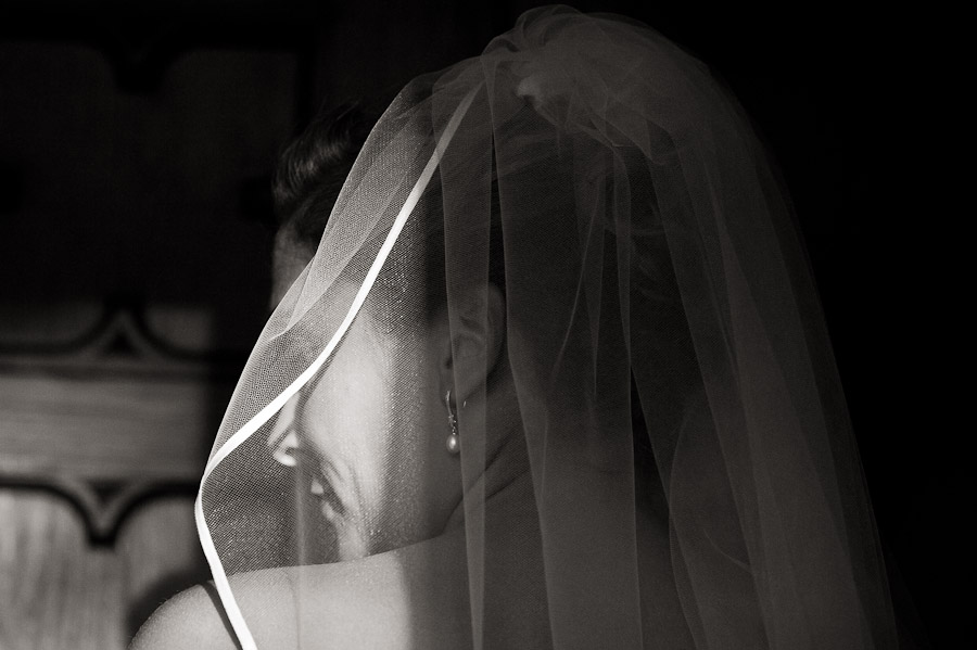 bride's veil before ceremony