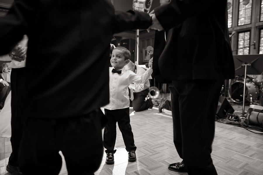 Fun dance floor pic of kid at wedding