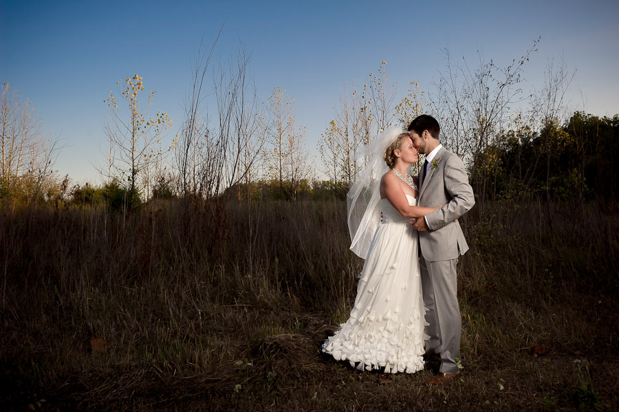 Lovely wedding portraits at dusk