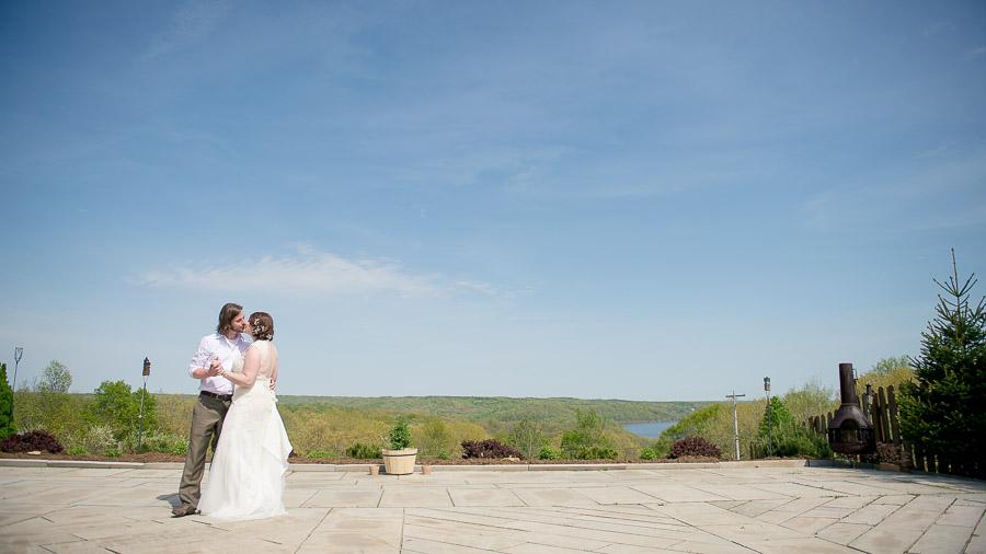 Beautiful wedding at Scenic View Lodge overlooking Lake Monroe in Bloomington, IN