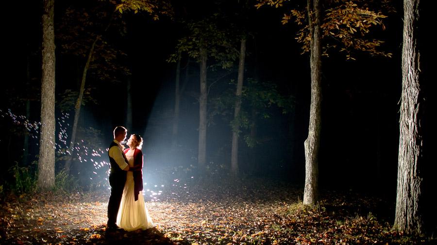 Creative, fun, nighttime wedding photos with bubbles