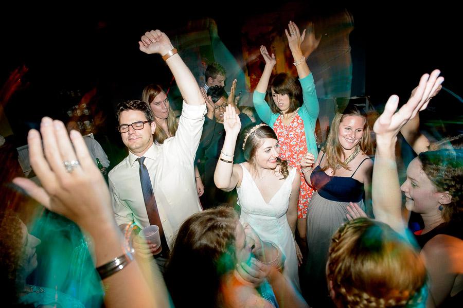 Fun wedding dance photos - TALL+small
