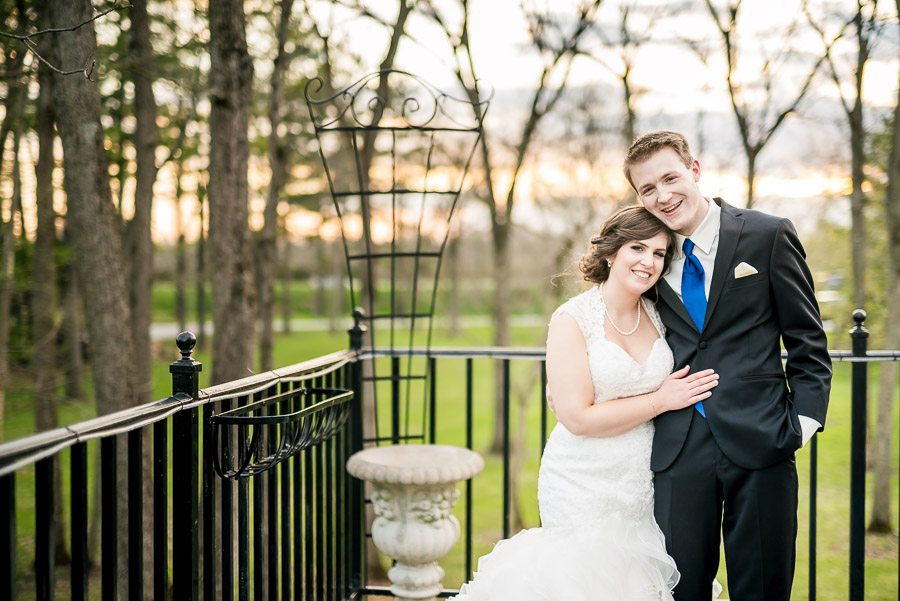 Indianapolis-Landmarks-Center-Wedding-Oak-Hill-Mansion-Hannah-Nathan-13