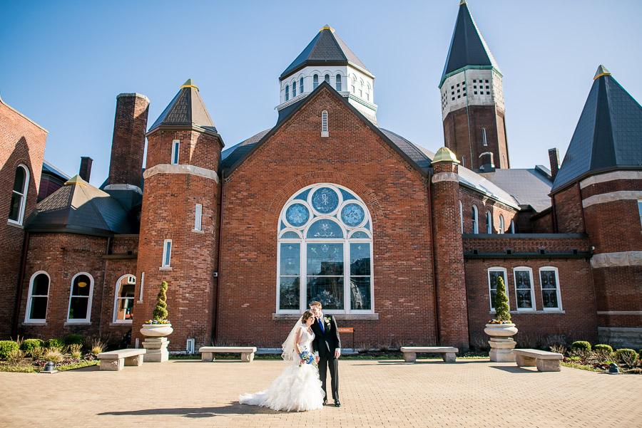 Indianapolis-Landmarks-Center-Wedding-Oak-Hill-Mansion-Hannah-Nathan-9